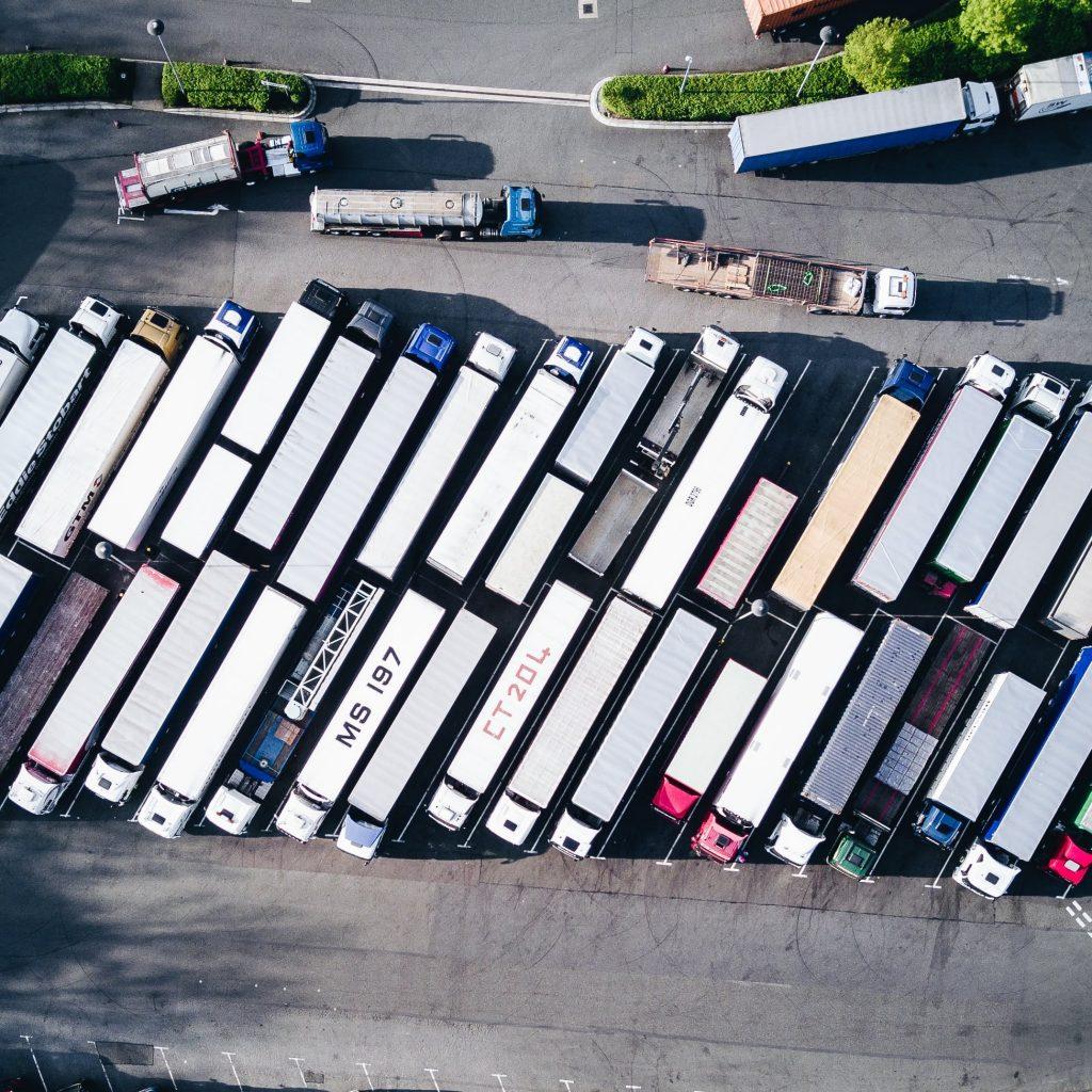 flota de camiones de mudanza